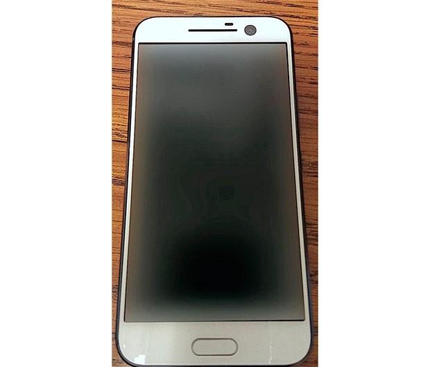 HTC One M10 в белом цвете от evleaks