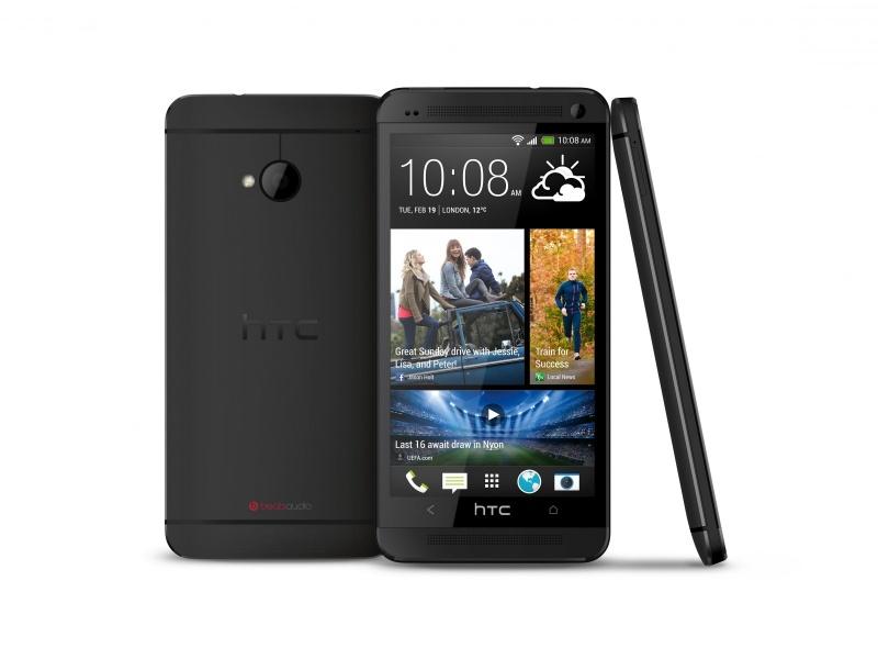Обзор HTC One