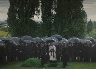 """Сцена похорон из фильма """"Без компромиссов"""" / © Lionsgate"""