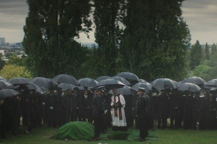 Сцена похорон из фильма